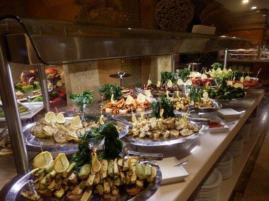 Royal Dragon Hotel : всё очень вкусно