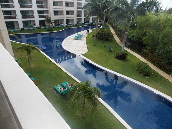 Secrets Silversands Riviera Cancun: pool for our building