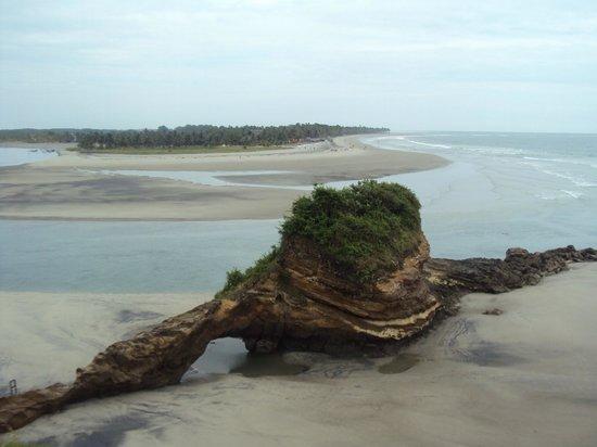 Royal Decameron Mompiche : Un hermoso islote en la playa