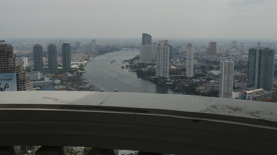 Tower Club at Lebua : Chao Phraya River View