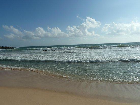 Giragala Village: пляж