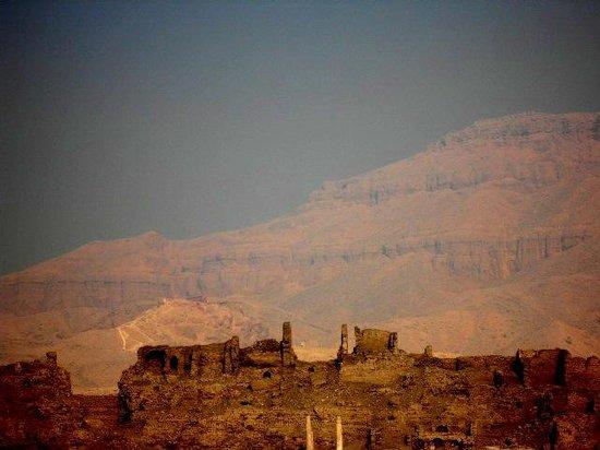Temple of Medinat Habu: Surrounding wall and Theban Hills behind