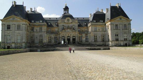 Château de Vaux-le-Vicomte : le château : entrée