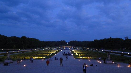 Château de Vaux-le-Vicomte : les jardins éclairés par els bougies
