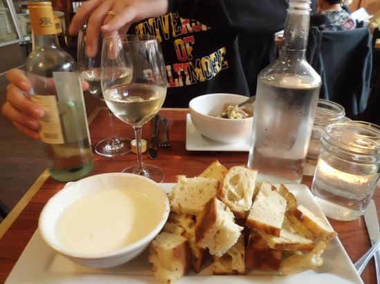 The Rookery Cafe: Champagne and 3 Cheese Fondue