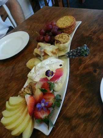 The Strawberry Patch : Brie cheese plate -- YUM!