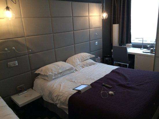 Kyriad Prestige Dijon Centre : Chambre 114