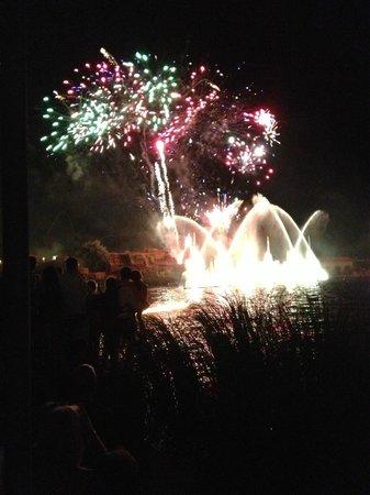 Ohtels Belvedere: Fireworks at theme park