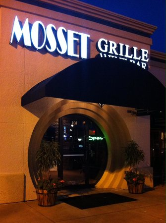 Mosset Grille and Wine Bar