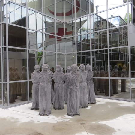 International Red Cross and Red Crescent Museum: the petrified
