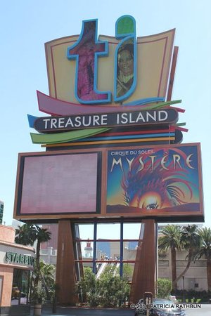Treasure Island - TI Hotel & Casino: Sign