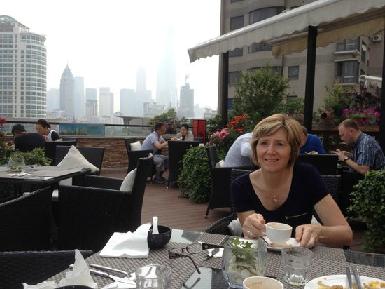 SSAW Boutique Hotel Shanghai Bund: Lovely rooftop area for relaxing breakfast