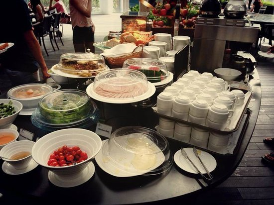 Breakfast picture of studio m hotel singapore tripadvisor for Au jardin singapore sunday brunch
