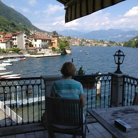 Hotel Ristorante Taverna Bleu : The Best View on Lake Como