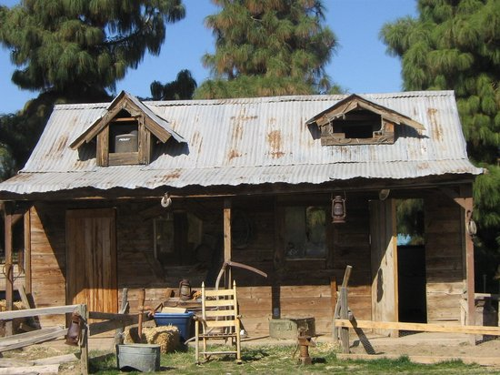 Queen Creek, AZ: Log Cabin @ Schneph Farms
