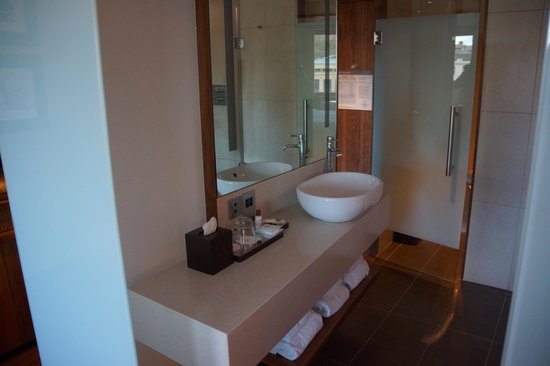 Sheraton Grand Hotel & Spa: Bathroom
