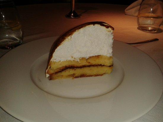 Tryp Hotel Rincon de Pepe: Postre feo y malo del caro restaurante del hotel