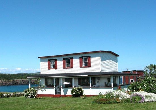 Salty Seas Cottages