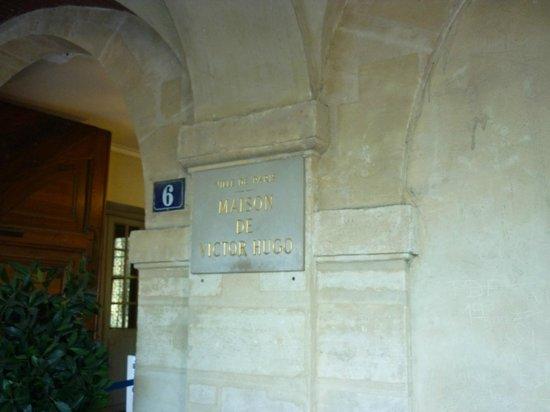 Place des Vosges: Victor Hugo