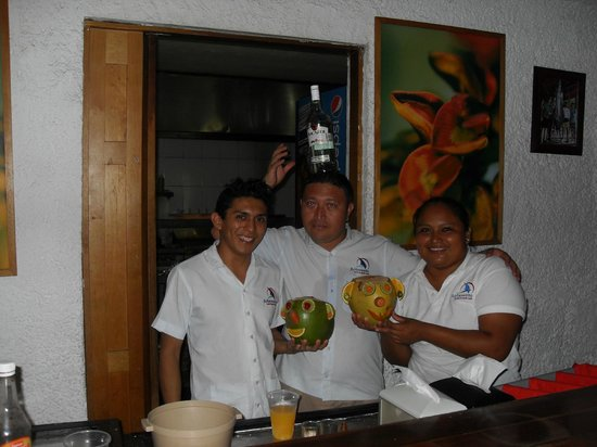 Sotavento Hotel & Yacht Club: BAR / REST. STAFF - ABOVE and BEYOND SERVICE