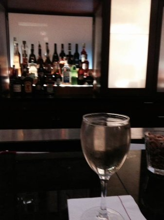 Philadelphia Marriott Downtown: World's largest wine pour in lobby bar.
