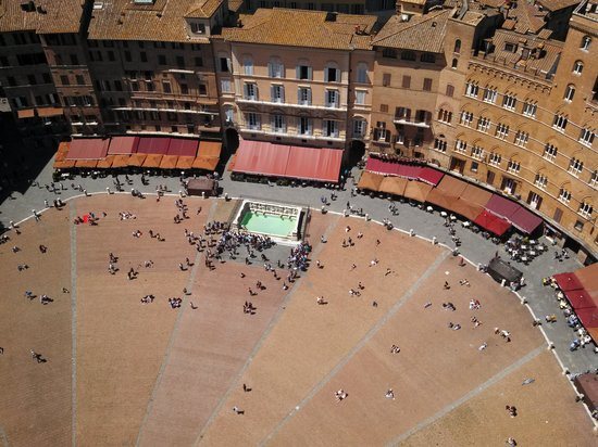 Palazzo Masi: View of Il Campo from the tower