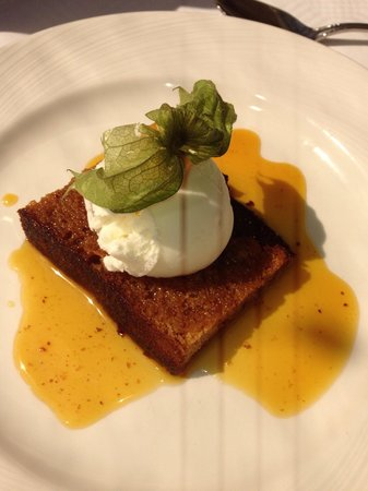 Old Manor Hotel: Sticky toffee pudding.