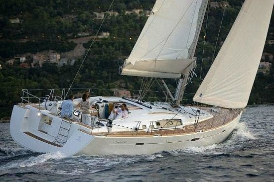 Bay of Many Coves: Sailing the Sounds
