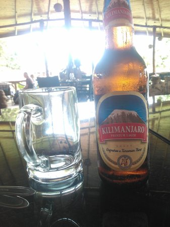 Ameg Lodge Kilimanjaro : beer!