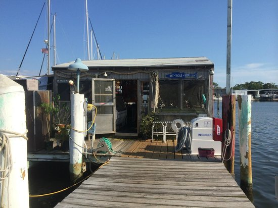 Maximo Seafood Shack: View from the dock