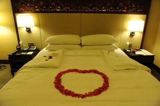 Shangri-La Hotel,Bangkok: La habitacion