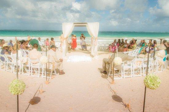 Paradisus Punta Cana Resort: Seating Arrangement