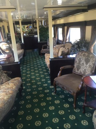 Grand Canyon Railway: Inside a dining car