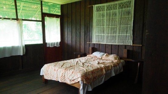 Maniti Expeditions Eco-Lodge: Nice room size