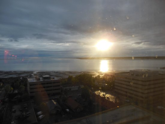 The Hotel Captain Cook: Sunset from room CD04, Hotel Captain Cook