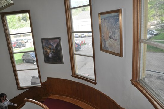 Mammoth Hot Springs Hotel & Cabins: Stairway