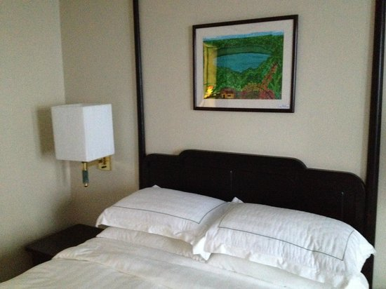 PARKROYAL Yangon : Comfortable and clean beds