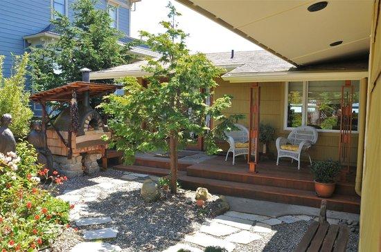 Takaki House