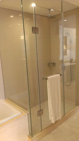 Fraser Suites Suzhou : バスルーム