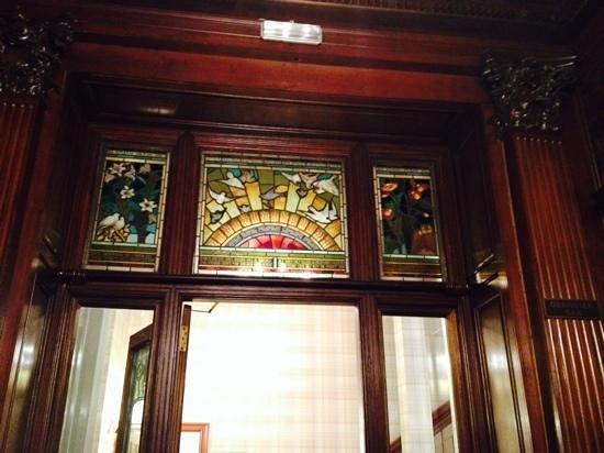 Macdonald Hotels: Beautiful interior doorway