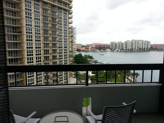 Waterstone Resort & Marina Boca Raton, Curio Collection by Hilton: View from the patio