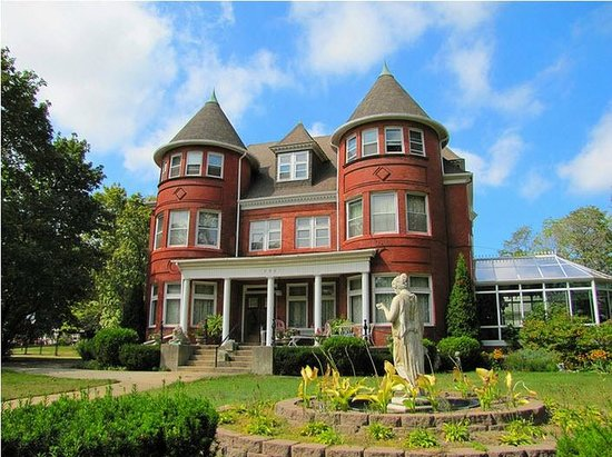 Photo of Dempsey Manor Manistee