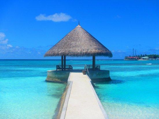 Anantara VeliMaldivesResort: sister island