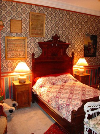 The Dempsey Manor : The Teal Room