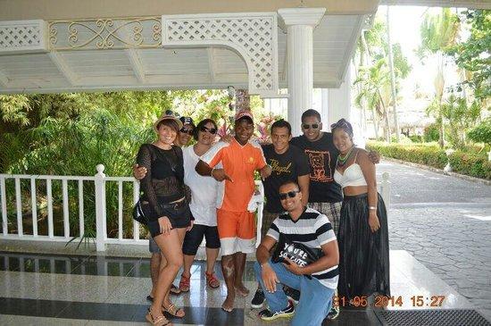 Vista Sol Punta Cana : Con Givenchy y la familia.
