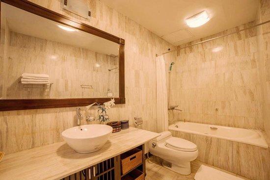 Mai Chau Lodge : Bathroom Suite