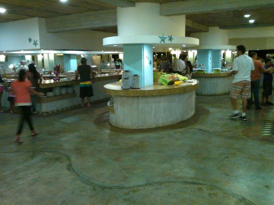 Crown Paradise Golden Resort Puerto Vallarta: Restaurante buffet