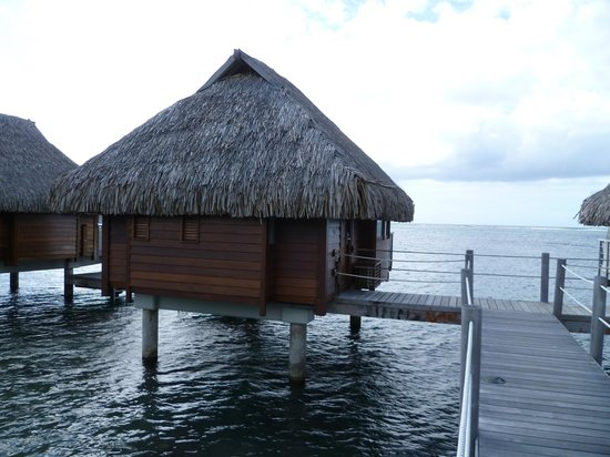 Manava Beach Resort & Spa - Moorea : Our bungalow ... note that it is at the end of the walkway... best view/snorkeling access.