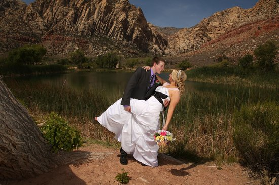 Scenic Las Vegas Weddings Chapel: Wedding photo done by Trey