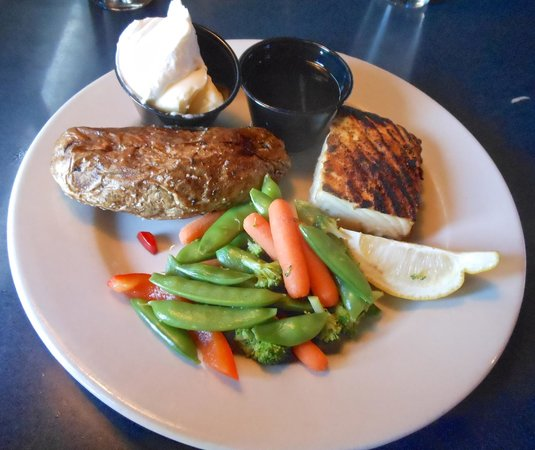 Brewhouse Pub Amp Grill Helena Updated 2019 Restaurant